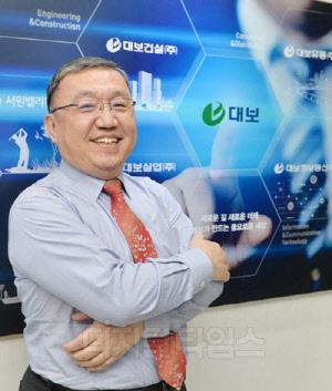 """[신년인터뷰] """"사업 다각화 원년 … 스마트톨링·C-ITS·AI 분야서 승부건다"""""""